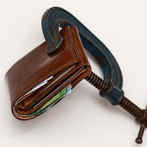 Czy firma pożyczkowe wpisują do bazy dłużników?