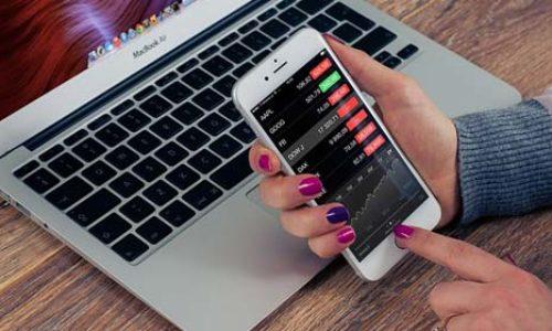 Aplikacje na smartfona, które pomagają w codziennych finansach