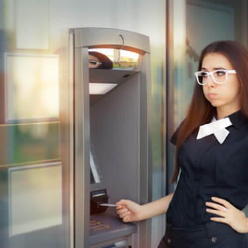 Bankomat nie wypłacił pieniędzy – co dalej?